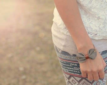 Leather bow bracelet, Grey bow bracelet, Leather bow cuff, Concrete grey jewelry, Grey leather cuff, Leather accessories