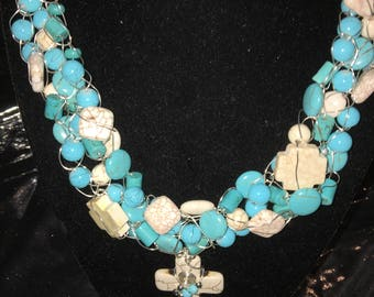 Turquoise cross wire crochet necklace set