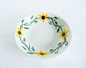 Jewelry holder, ring dish, sunflower ring holder, gifts and mementos, bridesmaid gifts, jewelry dish