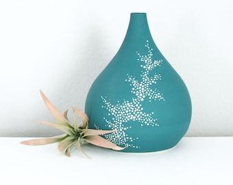 Porcelain Teardrop Vase Teal, Short Ceramic Pebble Vase in Teal, Pottery Vase Dots, Modern Pottery, Contemporary Vase
