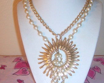 Vintage Gold Tone Sunburst Necklace With White Faux Pearls