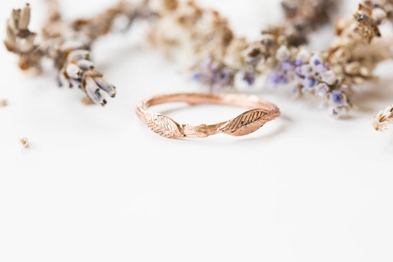 14k gold leaf twig wedding band, nature inspired wedding band, fantasy jewelry, leaf wedding band, gold twig wedding band, curved gold ring