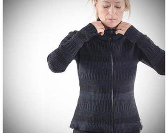 Organic Woolen Cardigan with Two-way Zipper Blue/Black