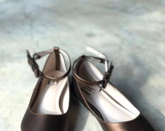 Women Slip On - Pointed Toe Flats! (Dark Brown Color)