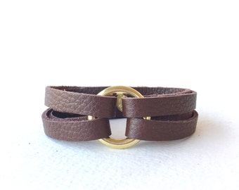 Leather and Brass Bracelet, Brown Leather Wrap Bracelet, Womens Leather Bracelet, Leather Cuff Bracelet, Circle Bracelet, Ring Bracelet