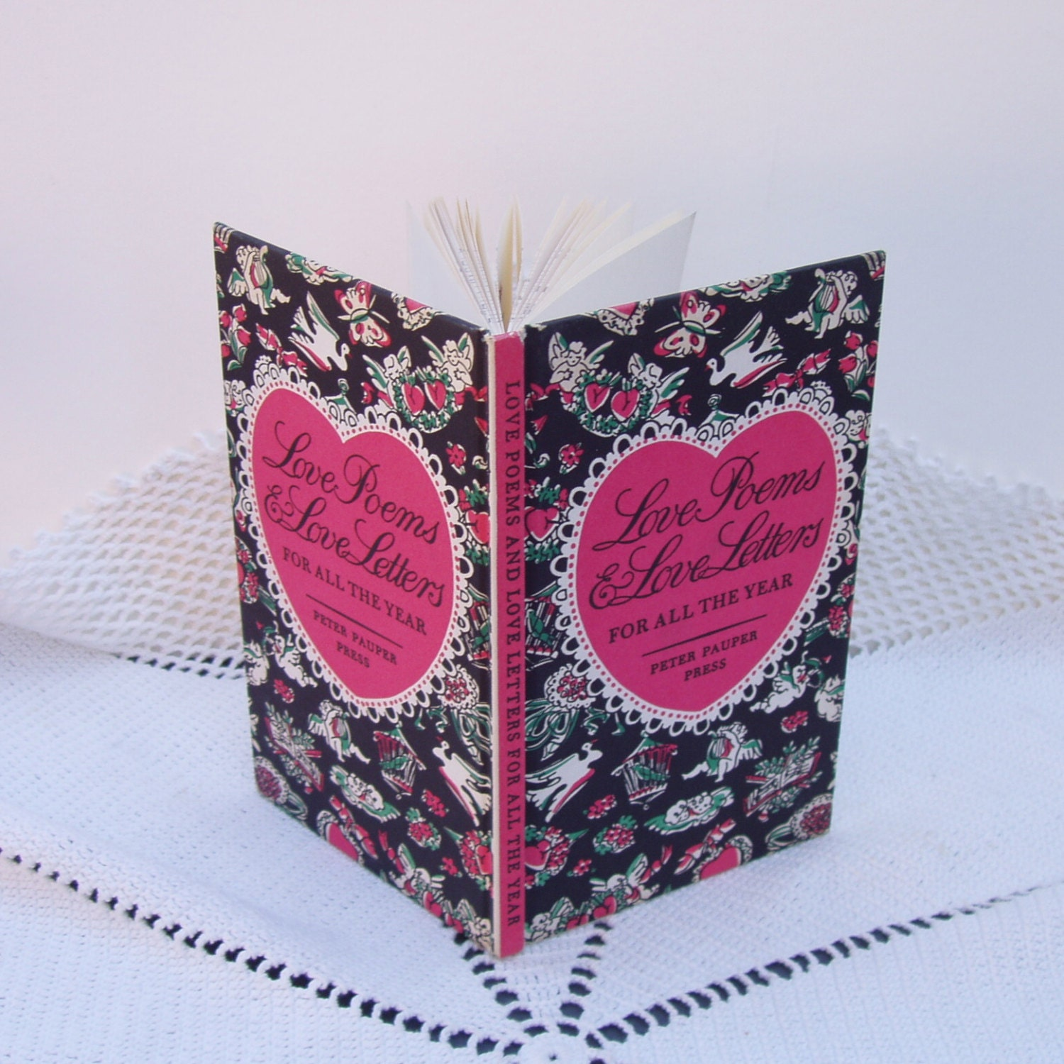 Vintage Gift Book . Love Poems & Love Letters For All The Year