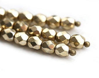 4mm Golden glass beads, Light golden coated czech fire polished spacers, round faceted beads - 50Pc - 1639