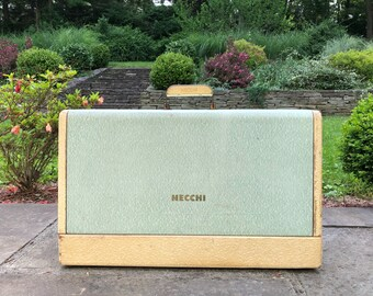 Necchi Supernova Portable sewing machine case box. 1950s vintage in great condition