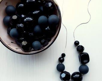 riddick necklace - vintage lucite - pitch black - monochromatic - vintage lucite beads