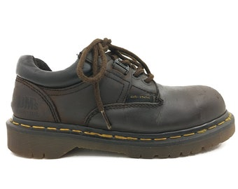Women size 7 Oxfords -  Doc Martens Womens Oxford 90s Vintage Brown Leather Dr. Martens Lug Sole Made in England Womens 7
