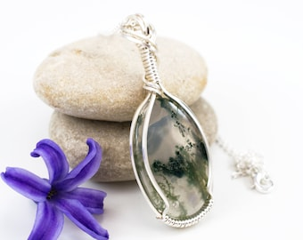 Moss Agate Pendant - Wire Wrap Moss Agate - Green Moss Agate Necklace - Wire Wrap Jewelry - Wire Wrapped Pendant