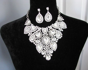 Statement Wedding  Necklace Bridal Necklace - Bridal Jewelry - Wedding Necklace - Pageant Jewelry Bridal Necklace