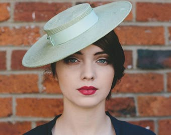 Green Straw Boater Hat, Pale Green Straw Hat with Ribbon Bow, Green Race Day Hat, Green Straw Boater, Green Wedding Hat, Straw Summer Hat
