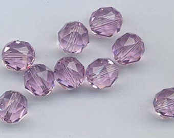 Twelve Swarovski crystals - art 5025 - 8 mm - light amethyst