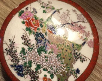 Vintage Japanese porcelain trinket box