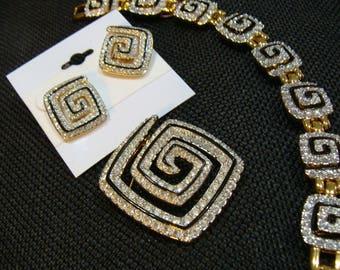 Three Piece Set (Bracelet, Pin and Earrings) Swarovski
