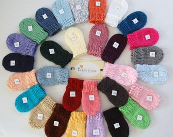 Winter is coming, Knit THUMBLESS MITTENS, Baby Mittens, Baby Mittens, winter mittens, Mittens with string, baby boy, baby girl, Newborn/3T