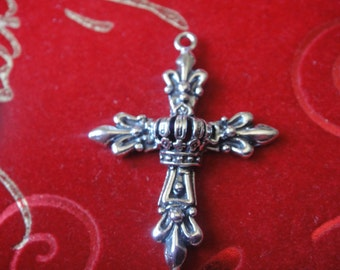 925 sterling silver oxidized with detailed design large crown and fleur de lis cross charm or pendant,silver cross,large cross