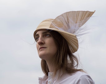 Buntal beige and white headband