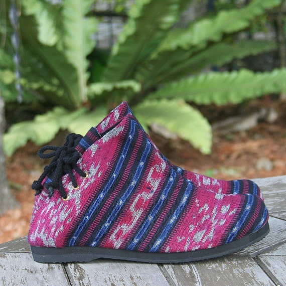 Ankle Hand And Berry Vegan FREE Blue Boots Woven Ikat Boots Amber Shipping In Womens qaBzW