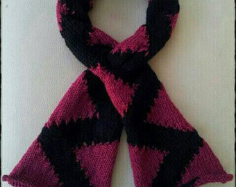 Knitted scarf with a difference