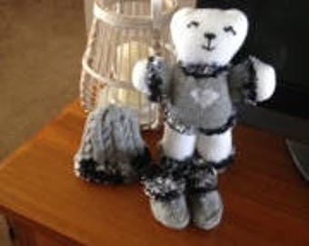 Hand knitted bears