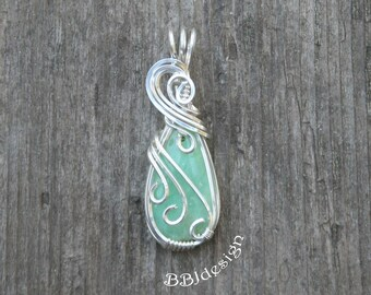 Chrysoprase Green Teardrop Gemstone Cabochon Pendant Necklace Sterling Silver Wire Wrapped