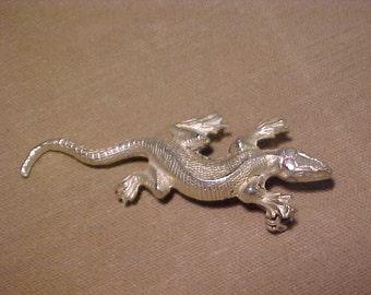 Brooch Sterling Silver Gecko.  FREE SHIPPING USA