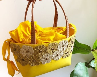 60s style hand bag