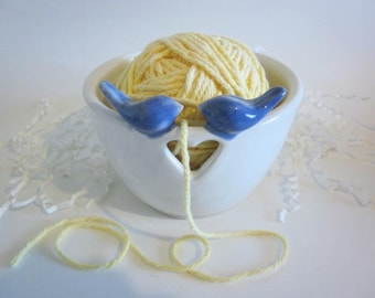 Yarn bowl, Knitting yarn holder, white yarn bowl, Blue bird air plant planter, Ceramic yarn bowl, ceramic bird planter