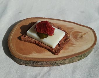 Natural Wood Tapas Plates From the Pacific Northwest