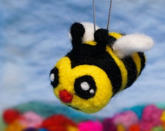 Needle Felting DIY Kit - BEE 3D Wool Charm - Ship from USA