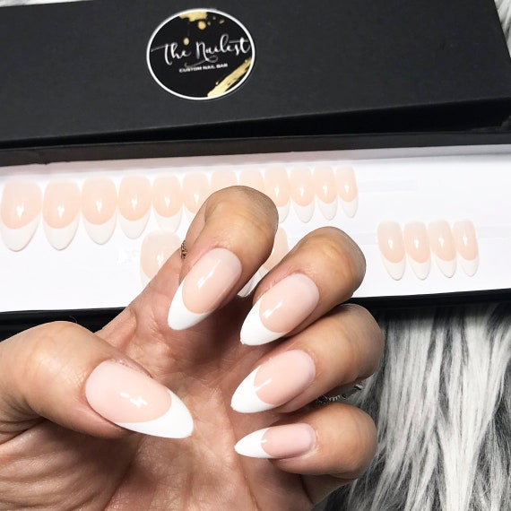 INSTANT GLAM Bride Nude Classic French Tip Press on Nails