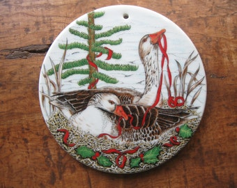 Vintage 1984 Holiday Round Trivet or Wall Hanging Decoration Geese Nesting Midwest Importers of Cannon Falls, Inc.
