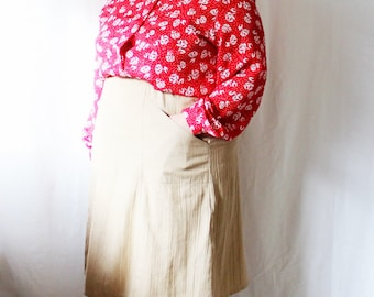 Plus Size - Vintage Beige Crinkled Fabric A-Line Skirt (Size 16)
