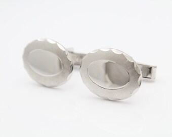 Vintage Oval Monogram Cufflinks in Sterling Silver. [9349]