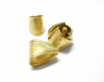 Lot of 2 textured rails, in brass gilded, 13 * 8 mm