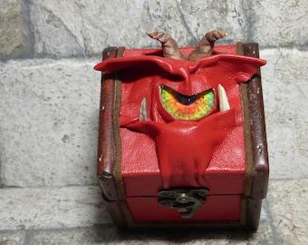 Mimic Desk Organizer Trinket Dice Box Small Storage Treasure Chest Stash Red Leather Harry Potter Labyrinth Gamer MTG Card Box 265