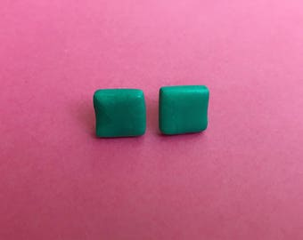 Green stud earrings, square earrings, square studs, geometric earrings, simple studs, green earrings, bright earrings, colorful earrings