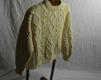 Vintage Aran FISHERMAN Cable Knit Pullover Sweater