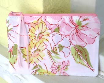 Floral coin purse, Zipper pouch, choose your size, Pencil case, Spring gift, Mother's day gift, best friend, treat yourself, under 15