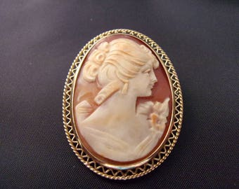Vintage 9ct/kt English Cameo Brooch / Pin Pendant