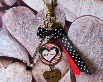 Keychain personalized love you, love, love black and Burgundy