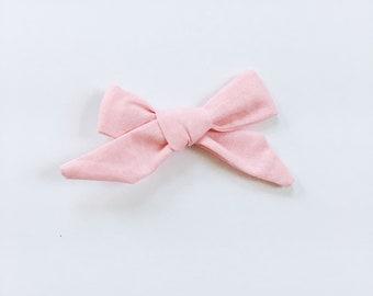 Isla Bow - Light Pink