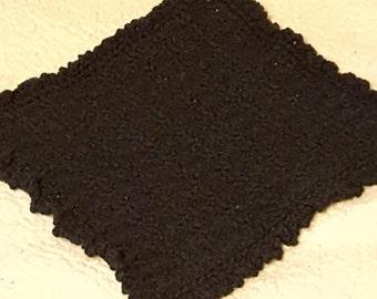 Crochet wash cloth, black