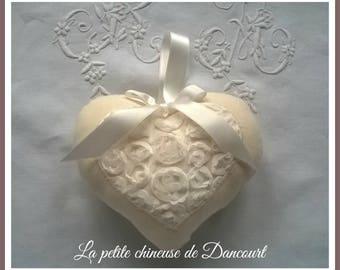 Romantic heart thousand roses