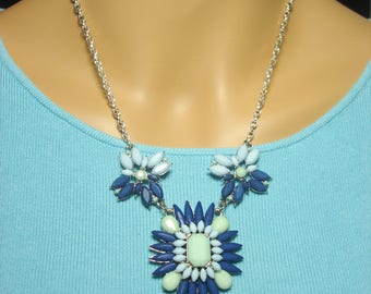 Blue Marquise Flower Necklace
