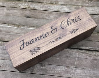 Wedding wine box - Personalized for any ocassion. Keepsake love letter first fight memory box. Anniversary wedding shower gift, arrow design