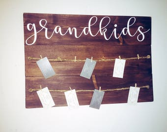 Grandkids picture hanger sign | Grandparents sign | Grandkids sign | Grandparents brag board | Gifts for grandparents |