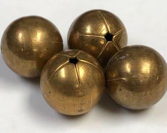 VINTAGE Brass Beads Star pattern 13mm pkg4 m50